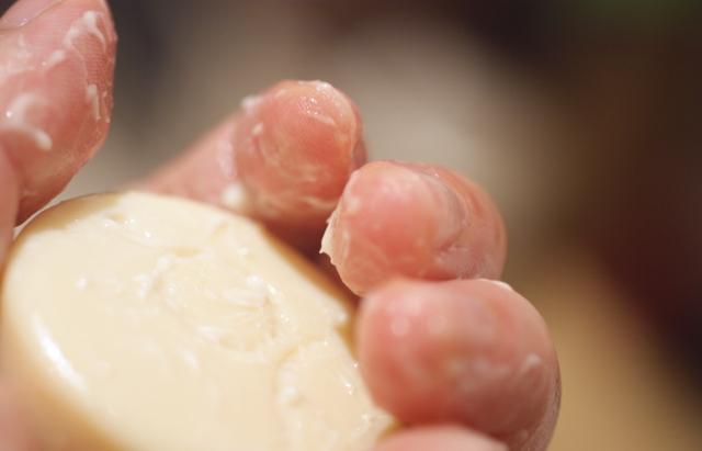乾燥しない石けん 保湿石鹸