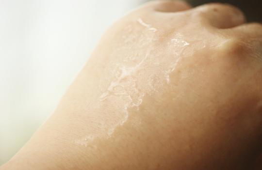 リフトアップ効果 化粧品 トライアル